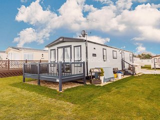 Platinum caravan with a FULL SEA VIEW Broadland sands holiday park ref 20285