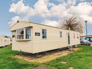 8 berth static caravan in Haven, The Orchards in Clacton on sea, Essex ref 15050