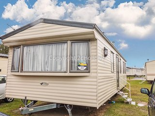 8 berth dog friendly mobile home at Haven Seashore in Great Yarmouth ref 22015