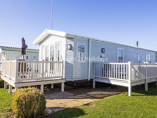 Stunning dog friendly Lodge at Manor park, Hunstanton in Norfolk ref 23188