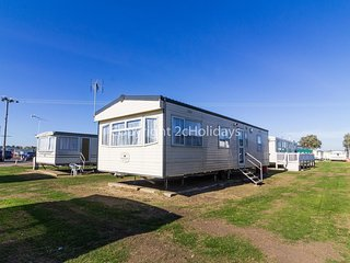 6 berth caravan for hire for hire at st osyths  Clacton-on-sea, Essex ref 28077G