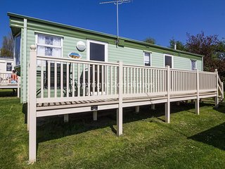 6 berth mobile home by the seaside resort of Manor park in Hunstanton. pets ok!