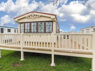 St Osyth holiday Park 8 berth caravan for hire ref 28025D