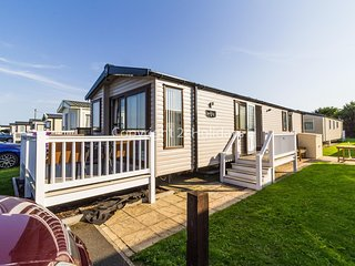 8 berth luxury dog friendly caravan at Haven Caister Norfolk ref 30009D