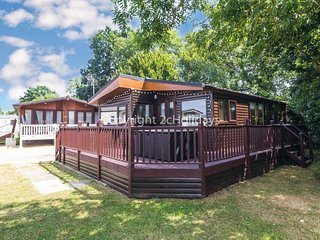 Luxury lodge for hire in Carlton Meres with part lake view ref 60027
