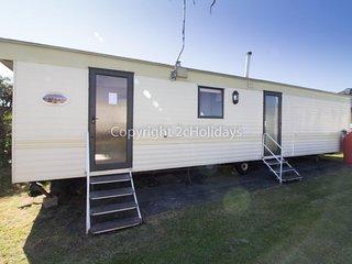 8 berth dog friendly caravan for hire in Norfolk.