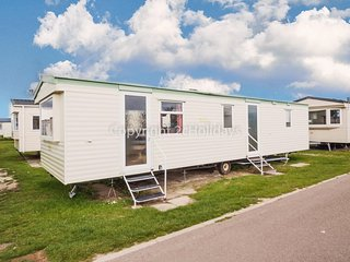 7 berth mobile home to hire at Scratby Great Yarmouth in Norfolk ref 50043