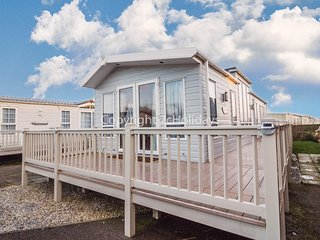 6 berth Luxury lodge for hire at California cliffs in Norfolk ref 50001