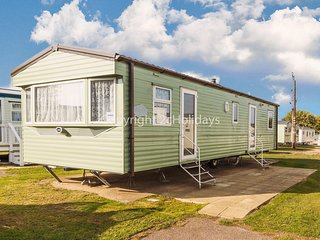 8 berth dog friendly caravan holiday at Cherry tree holiday park ref 70504