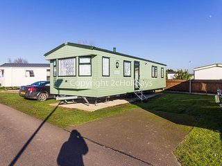 Large family caravan for hire at Cherry tree holiday park in Norfolk ref 70704