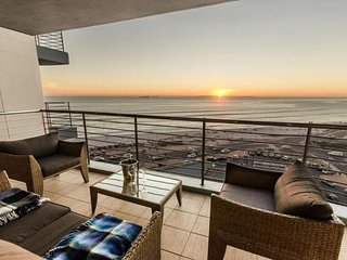 Horizon Bay 603 Beachfront Selfcatering Apartment