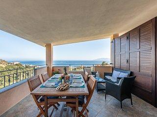 CASA PARADISO: casa nuova con vista mare paradisiaca, 8 persone