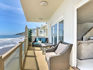 NEW! Beachfront Malibu House w/ 3 Decks & Patio!