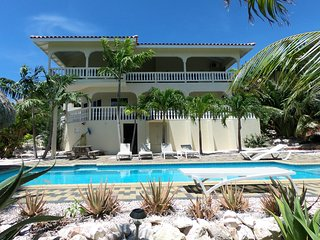 Villa Mi Casa appartments Jan Thiel Curacao 4 pers.