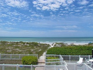 2 BR/ 2 BA Beach Front IRB Condo! Fall Specials Happening NOW!!