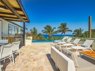 Villa Topaz Above West Bay With 360 Degree Views - 4 Bedroom Main Villa