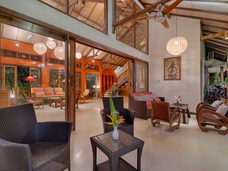 Stunning, Spacious, Colorfully Artistic Bali House