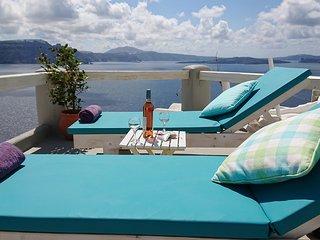 AQUA TERRA SUPERIOR HONEYMOON VILLA  hot plunge pool  and sea view