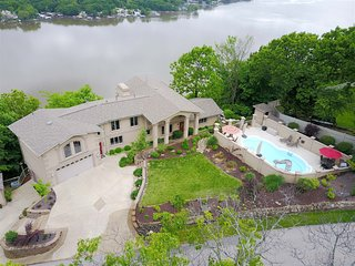 Bella Lago ~ This Million Dollar View Includes a Private Pool