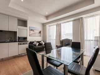 ANTONI, 2 bedroom apartment with balcony in the heart of Melbourne's CBD