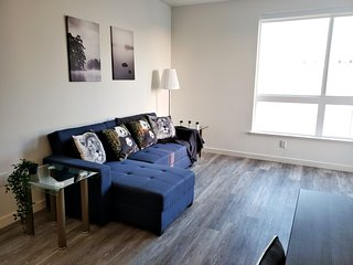 G12 436 - Unique and Comfy 2BR Apartment in Heart of DTLA