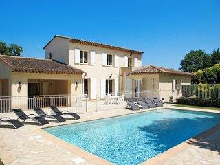 Ferienhaus mit Pool (CDG130)