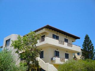 Karteros Apartment
