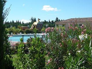 Spacieuse Maison | Acces a la piscine, Club enfants et fitness !