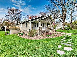 Vintage Home w/ Modern Updates - Near Biltmore, Chimney Rock & Lake Lure
