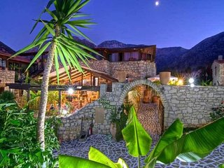 Stone Village Apartment