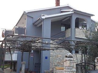 HOUSE GRABRO