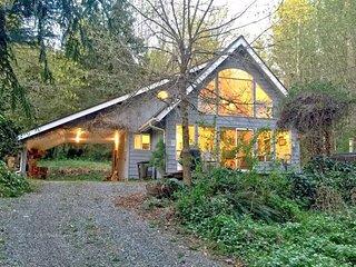 39GS Cabin near Mt. Baker w/ WiFi