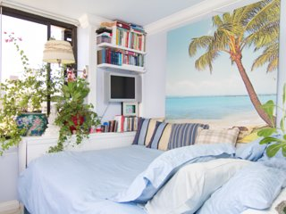 Beautiful Cozy Bright Amazing Views of Water Walk to Waikiki Beach & Everywhere!