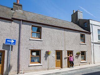 Balley Beg 4 Star Self Catering Cottage, Peel - part of Cooil Holiday Cottages.