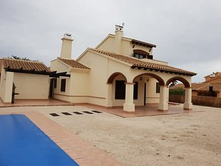 HL 020 Luxury 3 bedroom villa , high  standard