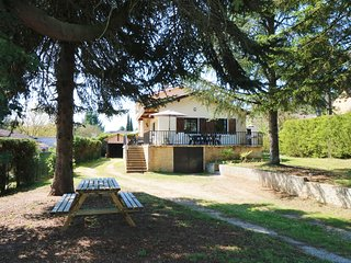 LA CANEDA - SPACIOUS STONE HOUSE+FENCED GARDEN+AC+WIFI+PET FRIENDLY+ IN SARLAT