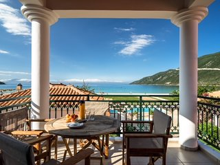 Beachfront Villa Marylou- Villas Aktes in Vasiliki Bay