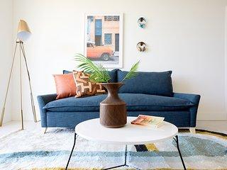 Sonder | Grove 27 | Eclectic 2BR + Balcony
