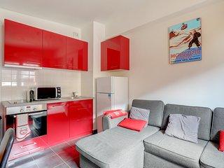 Morzine new 2 bed apartment ski in/ski out