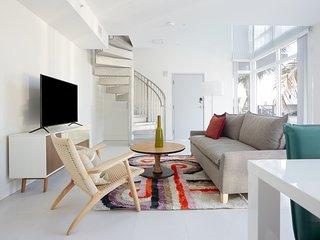 Sonder | Grove 27 | 1BR Loft + Spiral Staircase
