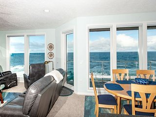 Blue Pearl - Corner, Top Floor Oceanfront Condo, Hot Tub, Pool, Wifi & More!