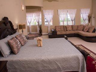 GC Villa | Master Suite