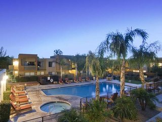 Pet Friendly Resort Style 2 Bed 2 Bath Condo