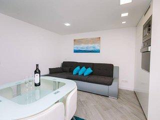 One bedroom apartment Rijeka (A-16541-a)