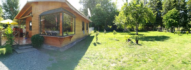 Vista cottage and green areas garden
