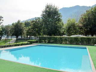 Anlage mit Pool (LDL310)