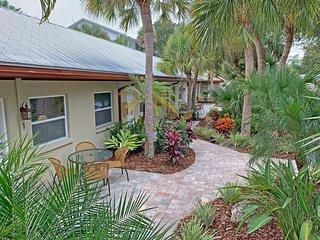 Siesta Heron 2 / Bahama