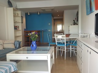 Tossa Blue, cosy flat at 30 m from the beach