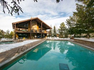*FREE SKI RENTAL* Perfect for Families - Private Laundry, Main Floor Master, Lof