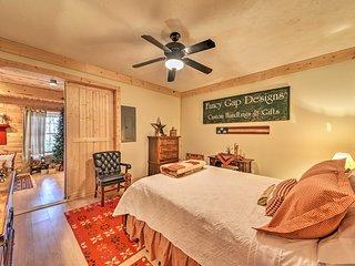 Hillsville Cabin w/ Fire Pit by Blue Ridge Pkwy!